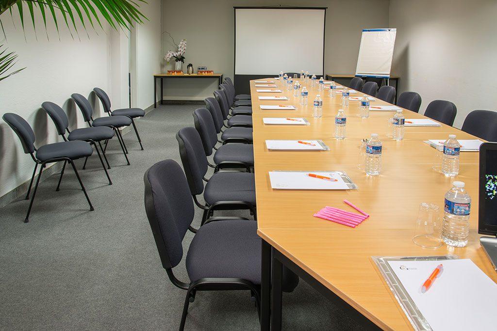 Photo de la salle de sous-commission Saint-Vale du palais des congrès de Grasse