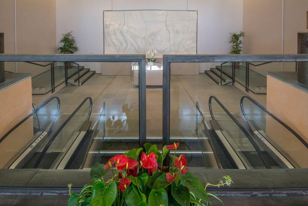 Photo du hall d'accueil du palais des congrès de Grasse